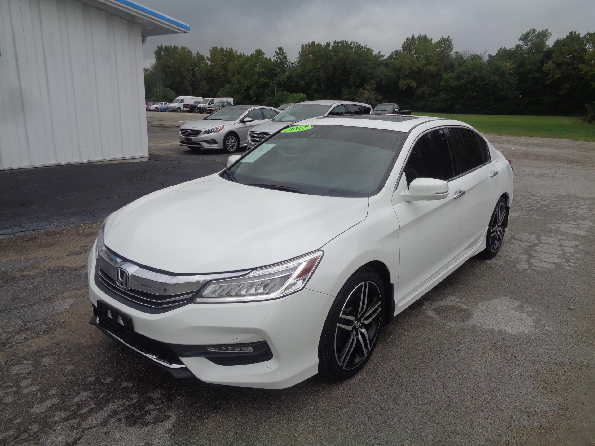 2017 honda accord sedan vehicle photo in rantoul il