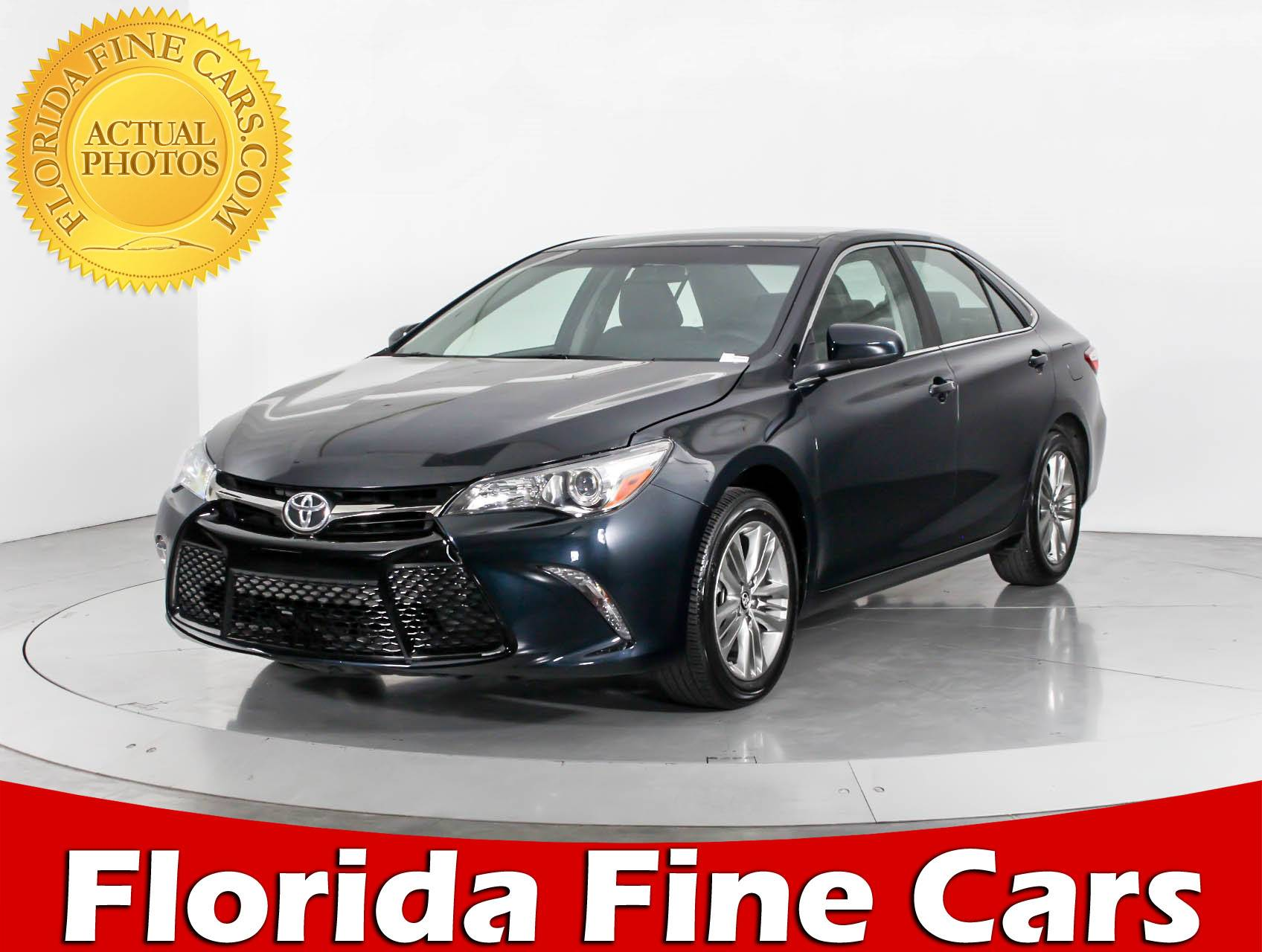used 2017 toyota camry se sedan for sale in west palm fl