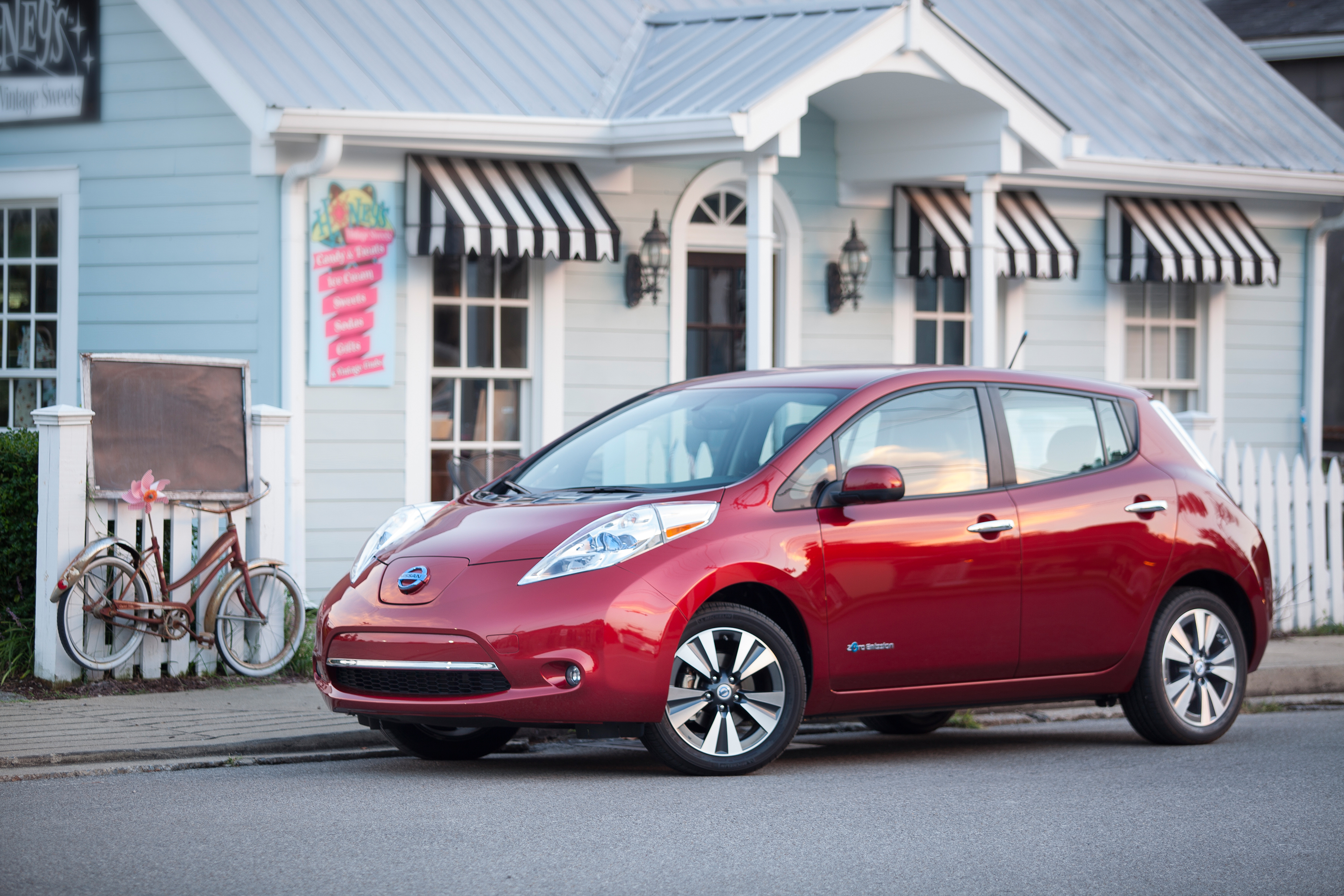 to entice ers to purchase a leaf nissan launched a free charging promotion this past
