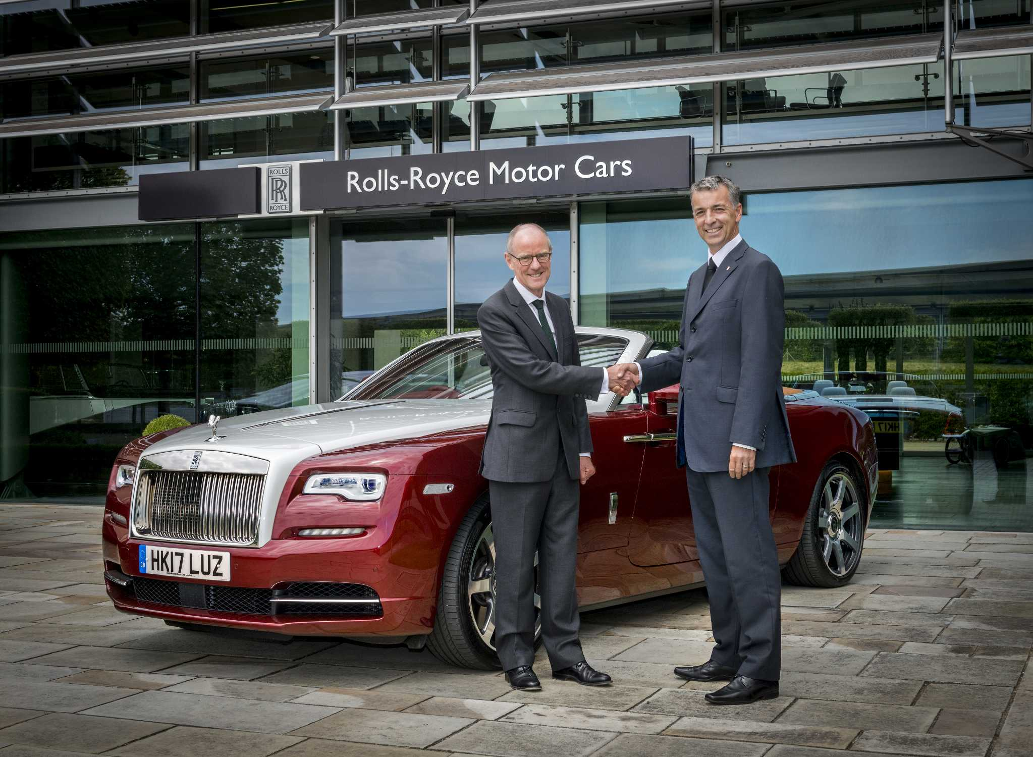 p rolls royce motor cars supports local mp s read to succeed campaign 2047px