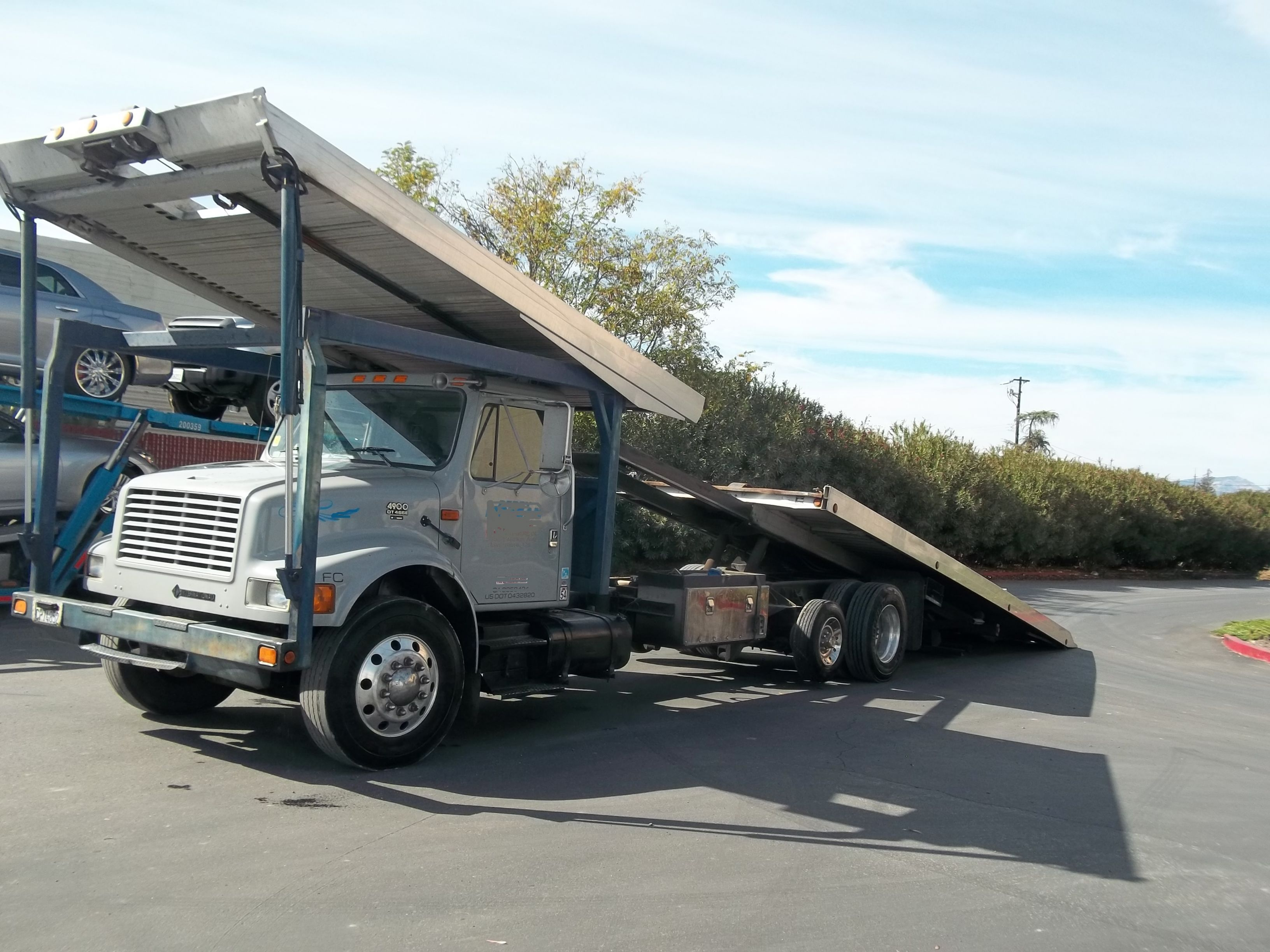used car carriers 2001 international 4900 chevron 4 car gallery photo 4