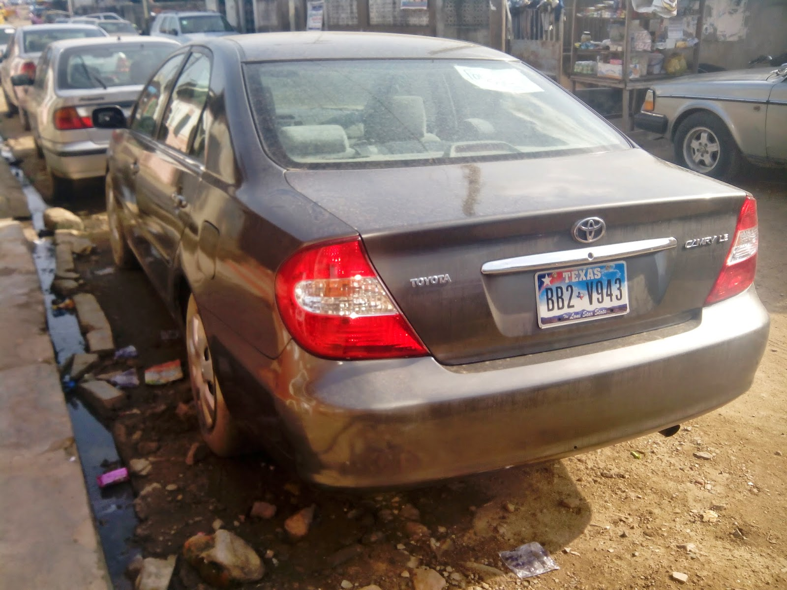 extra neat 2004 model toyota camry for sale at an affordable price in lagos nigeria tokunbo modern cheap fairly used cars in nigeria