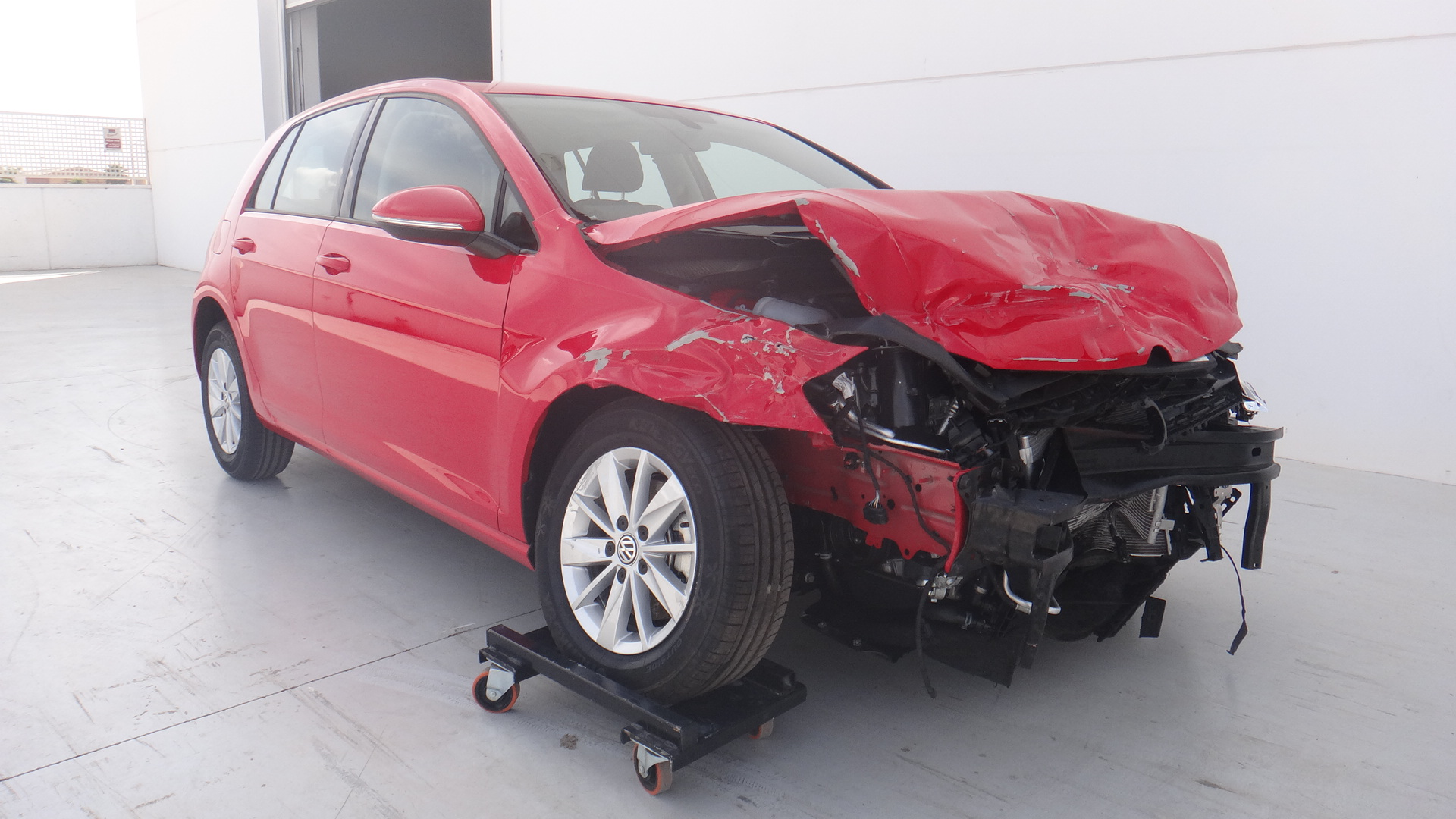 damaged cars for sale real benefits and advantage for all