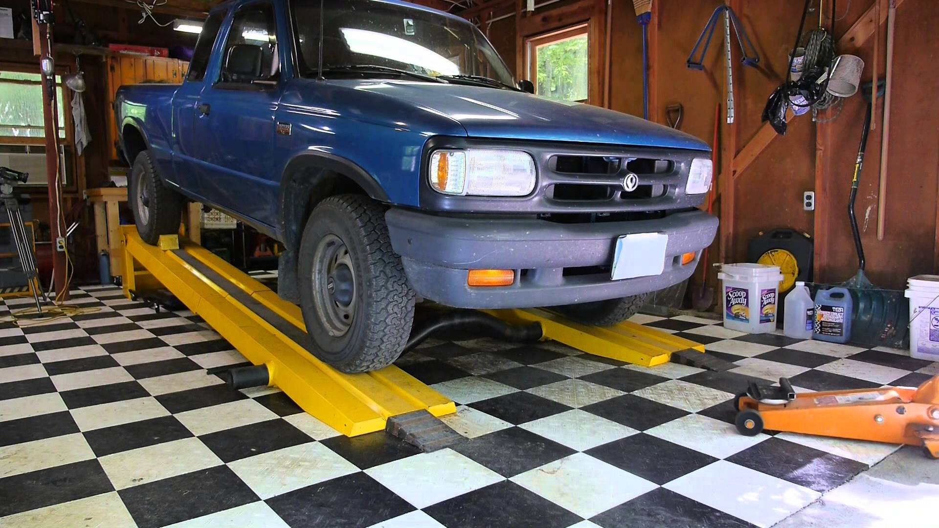 Used Car Lifts for Sale Craigslist Unique Using the Kwik Lift Car Ramp Youtube