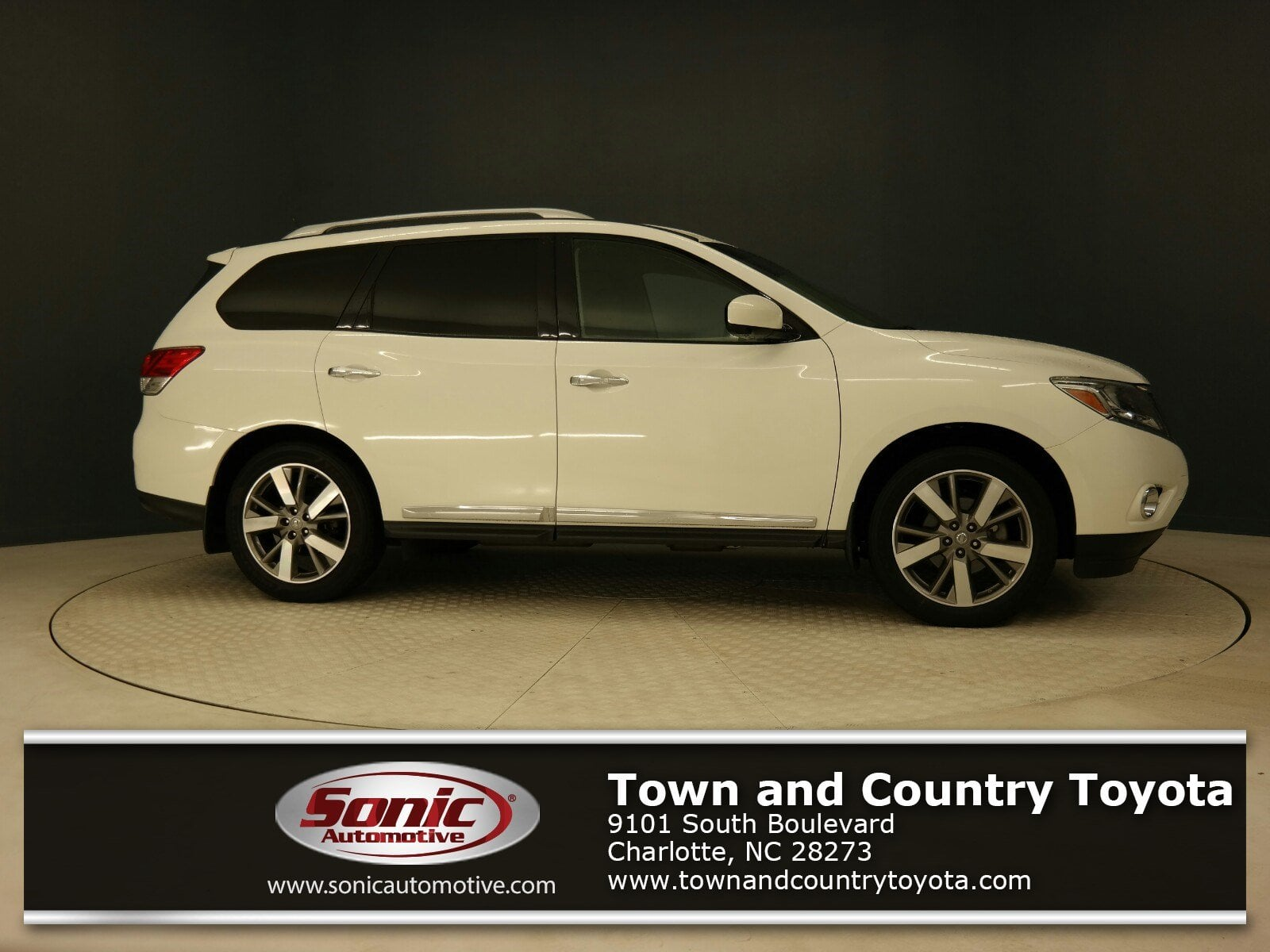 featured used cars for sale in charlotte 2014 nissan pathfinder platinum 2wd 4dr suv