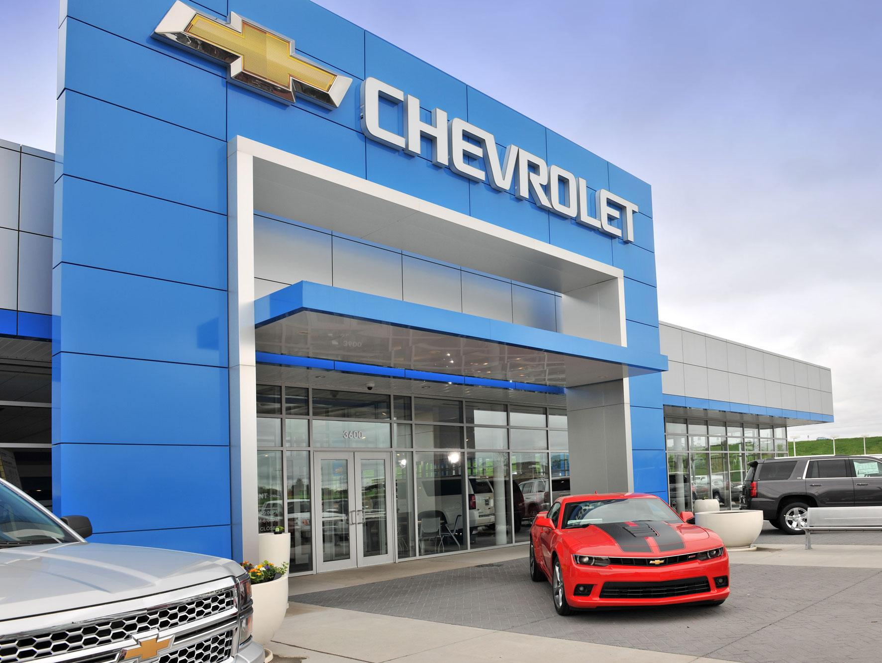 dealership image storefront
