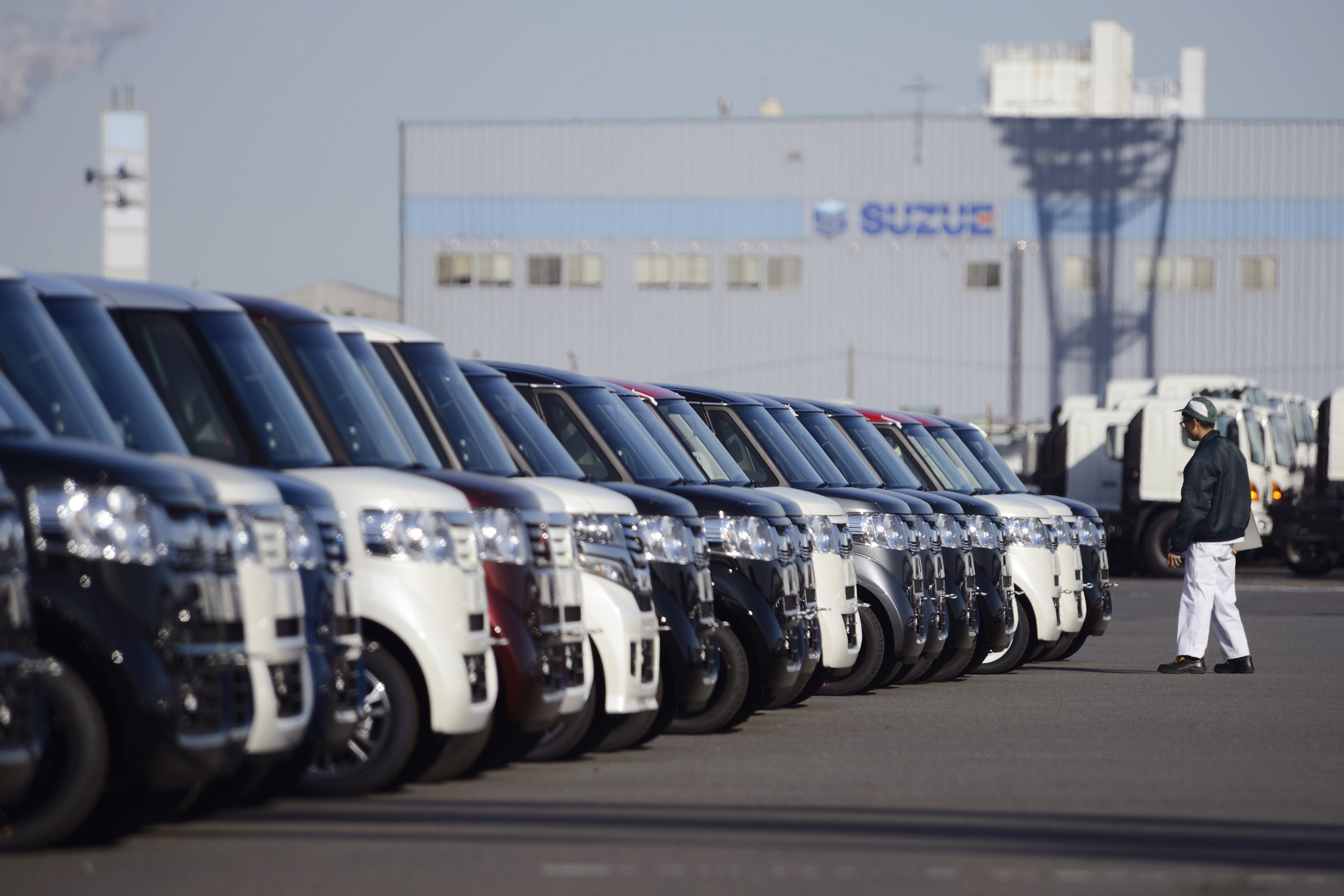 japan auto sales jump 8 6 in january