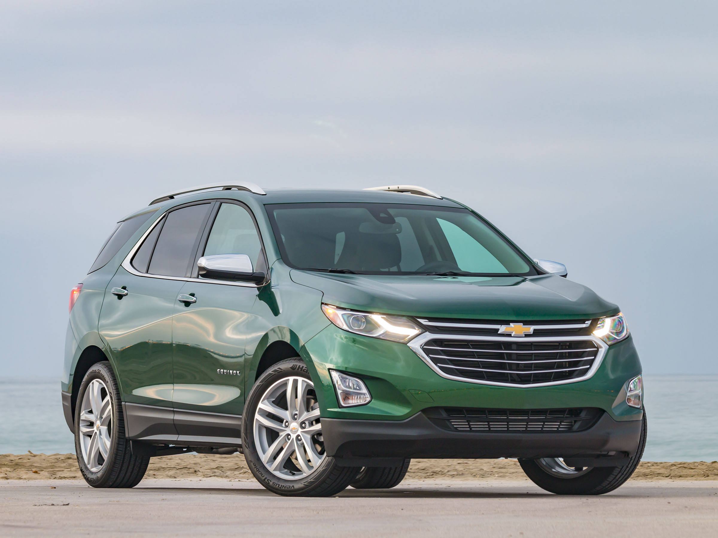 12 best family cars 2018 chevrolet equinox by kbb