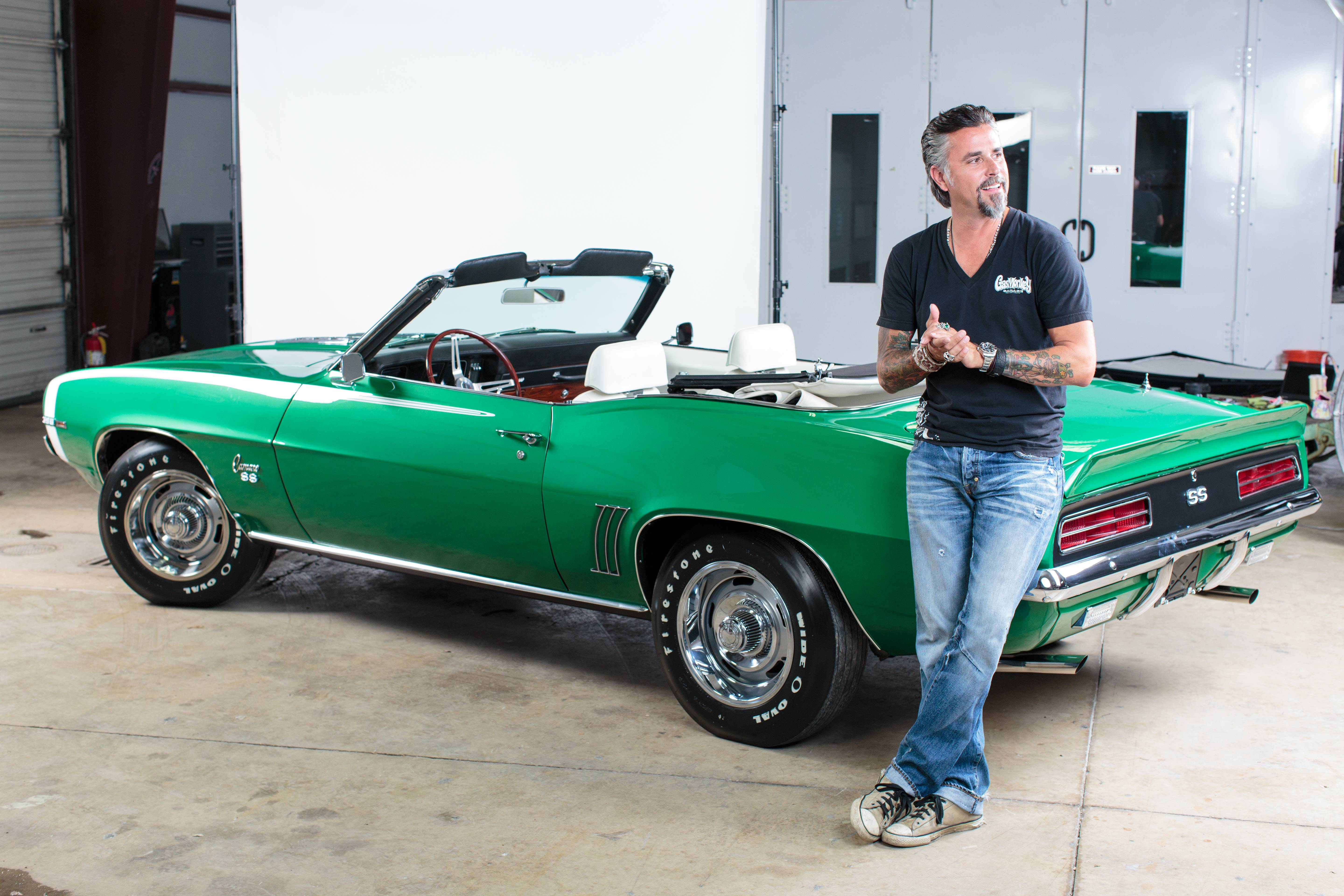 gas monkey richard rawlings gives peek under the hood of new fast n loud season