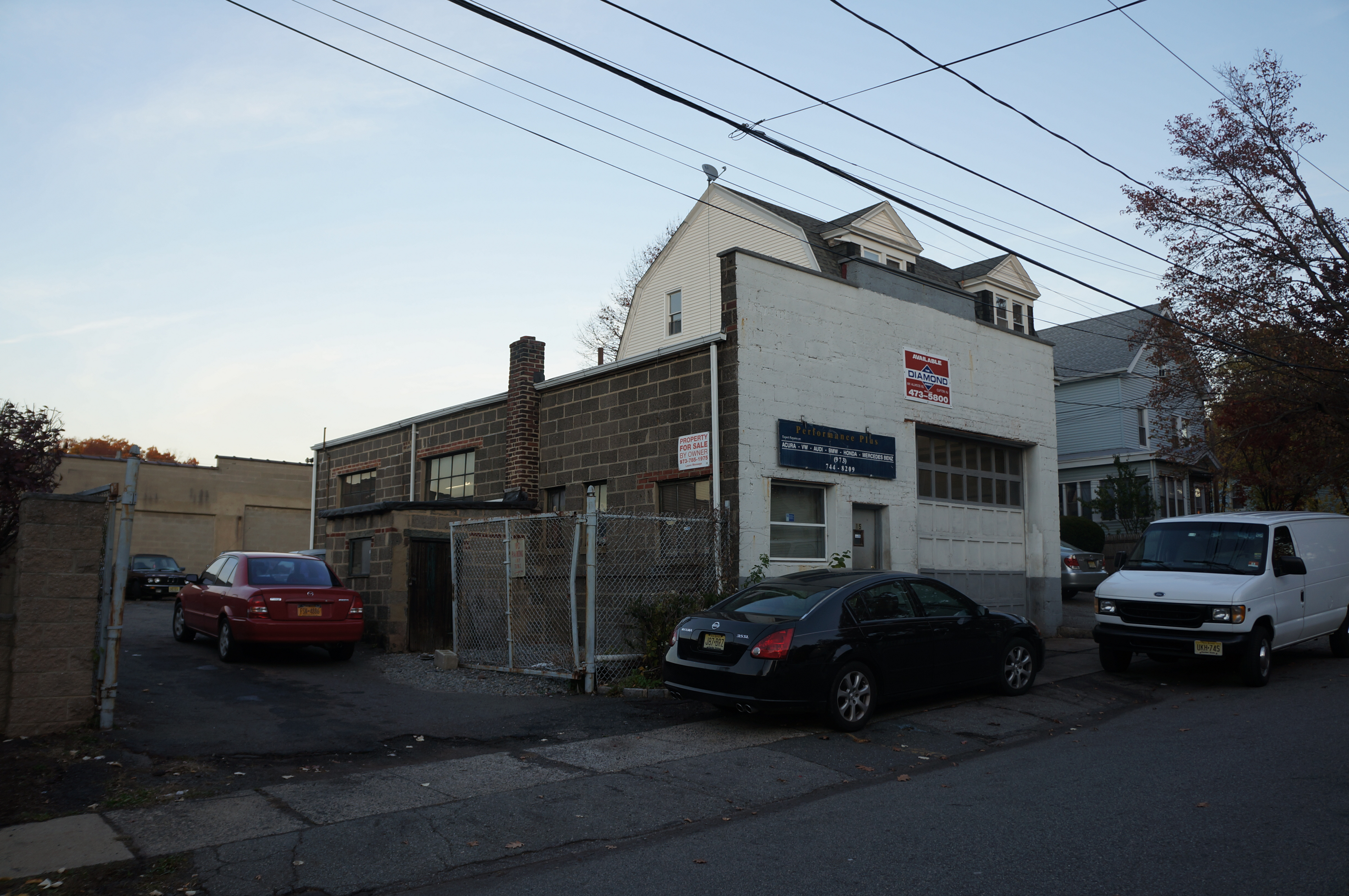 category auto garage for sale