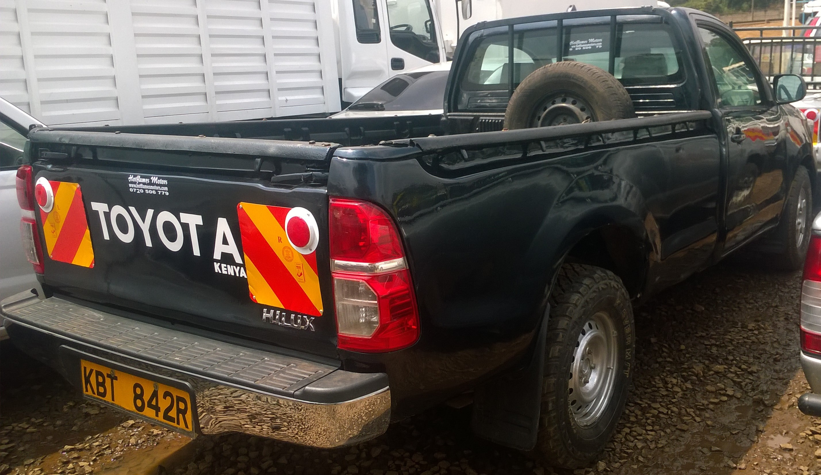 toyota hilux pick up 2 5l navy blue