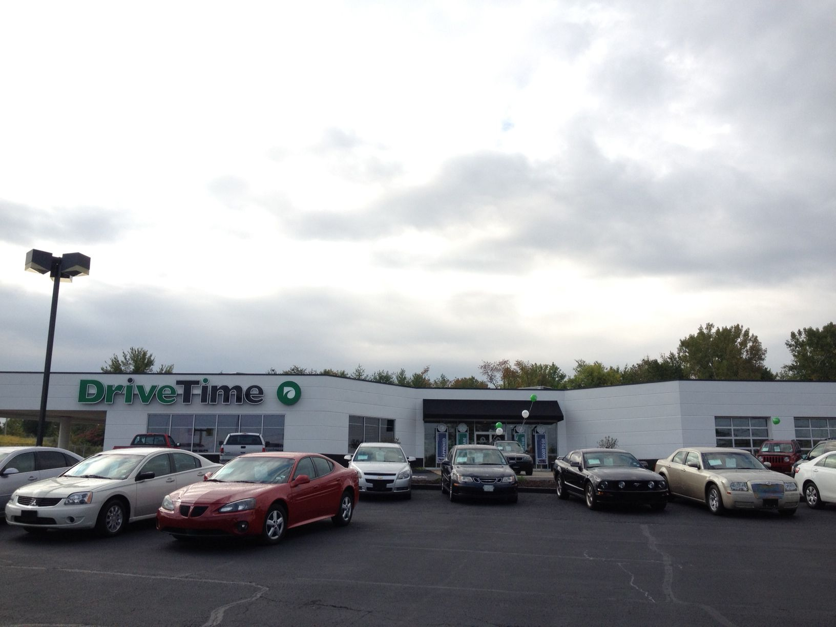 drivetime used cars in st louis mo located on the hwy 270 frontage road
