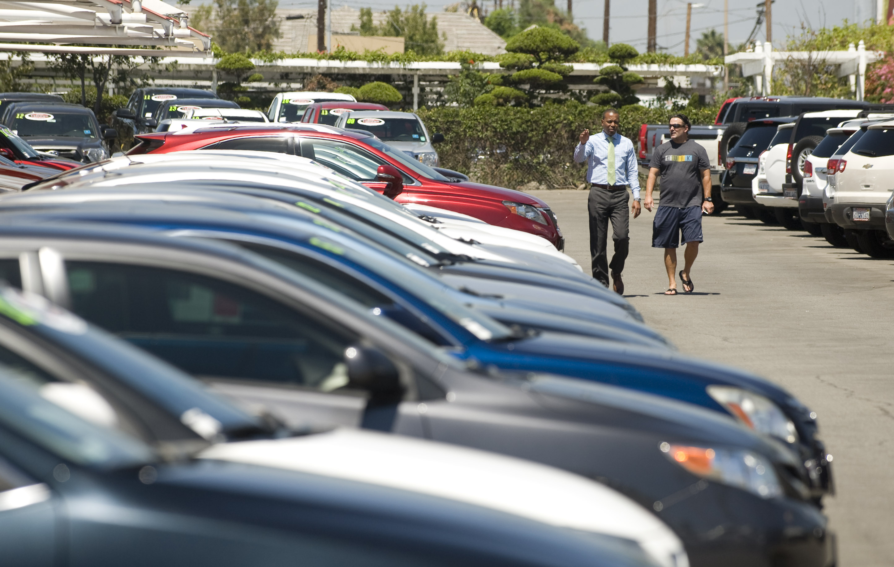 soggy weather in the beginning of the year is likely to blame for a dip in local auto sales which were down 1 percent in the first quarter the county s