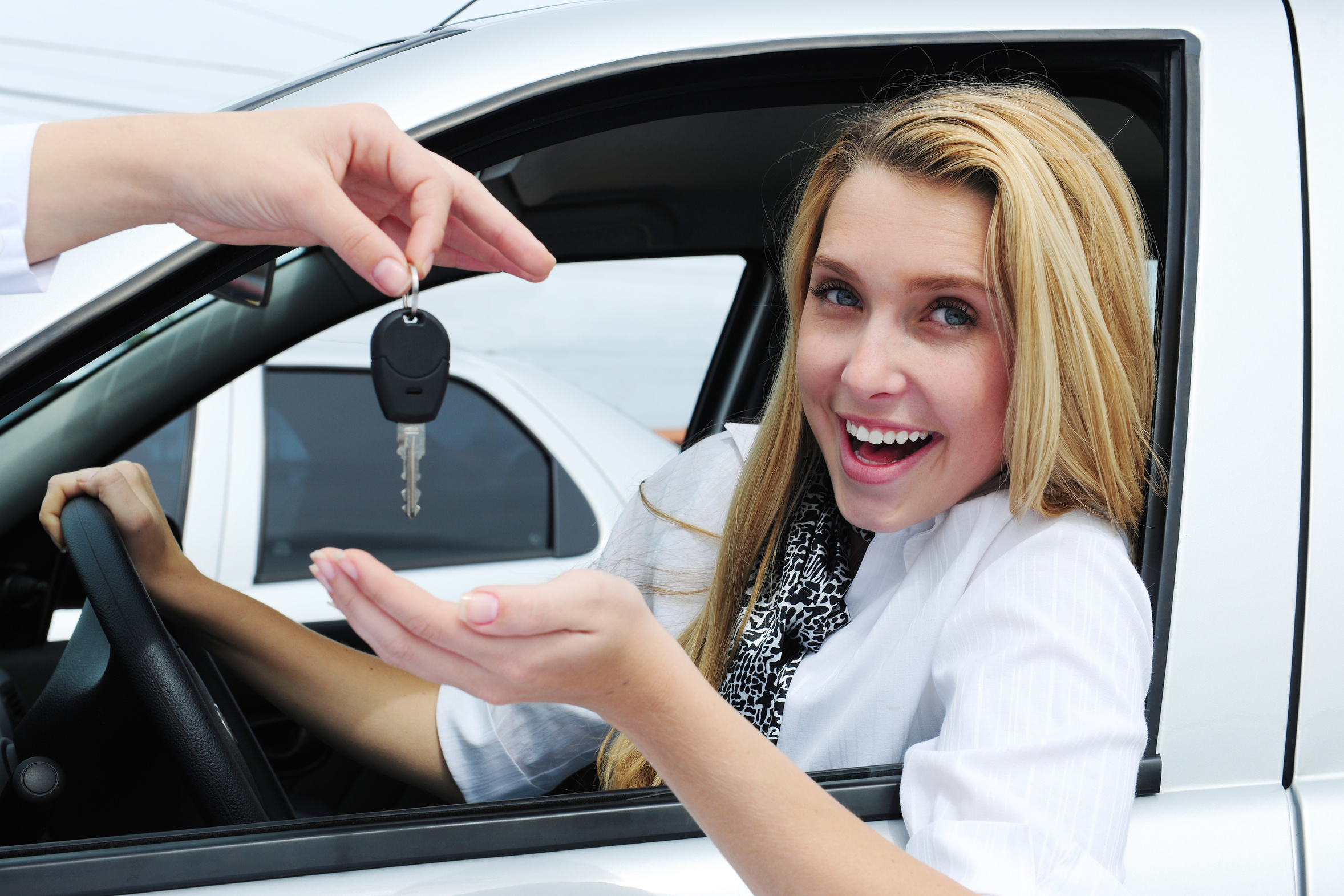 which us bank offers the lowest interest rates under the secured car loans for purchase of a used car private party for 1 year