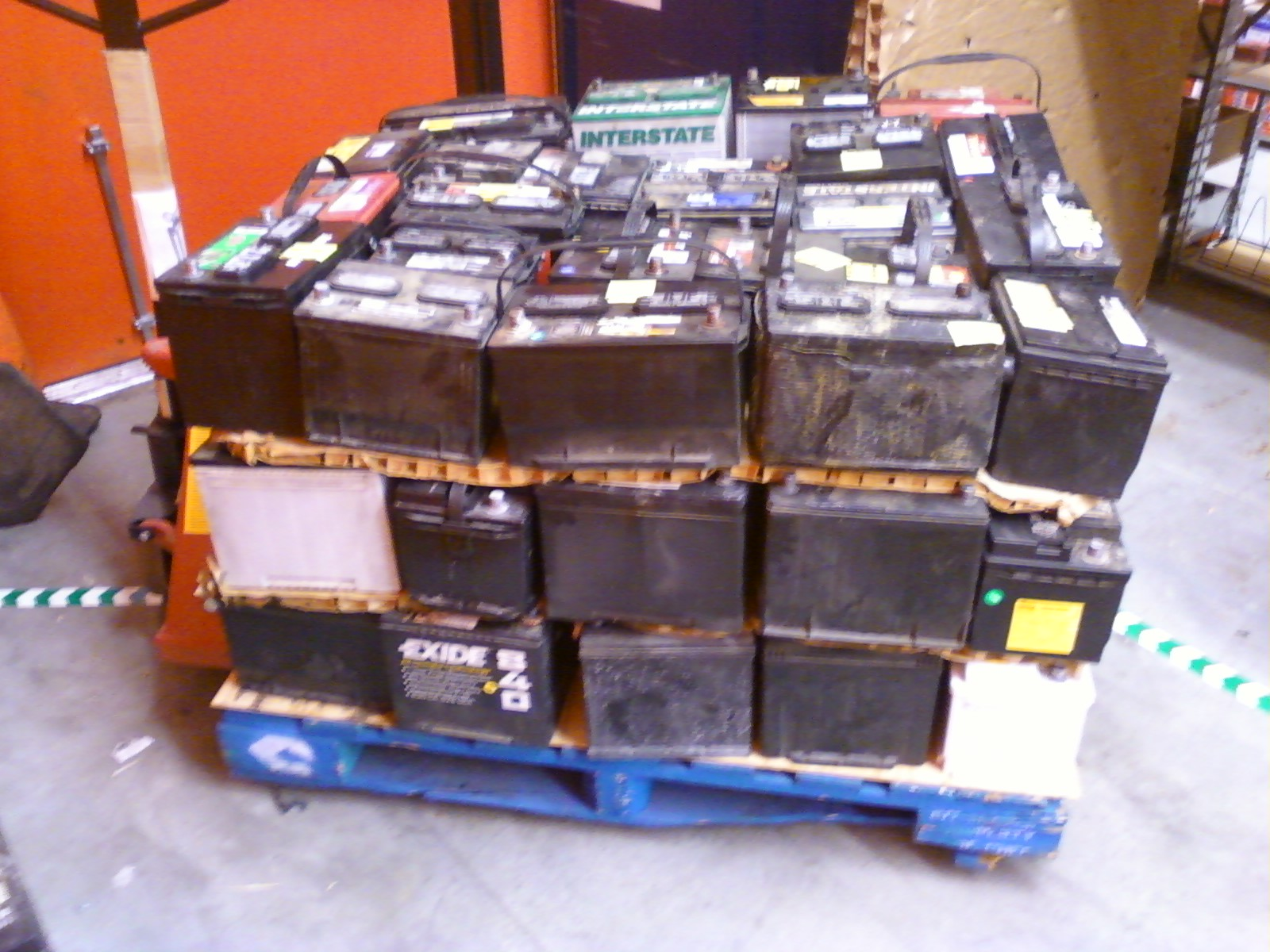 Used Car Battery Awesome File Pallet Of Scrap Lead Acid Batteries Left Side Wikimedia