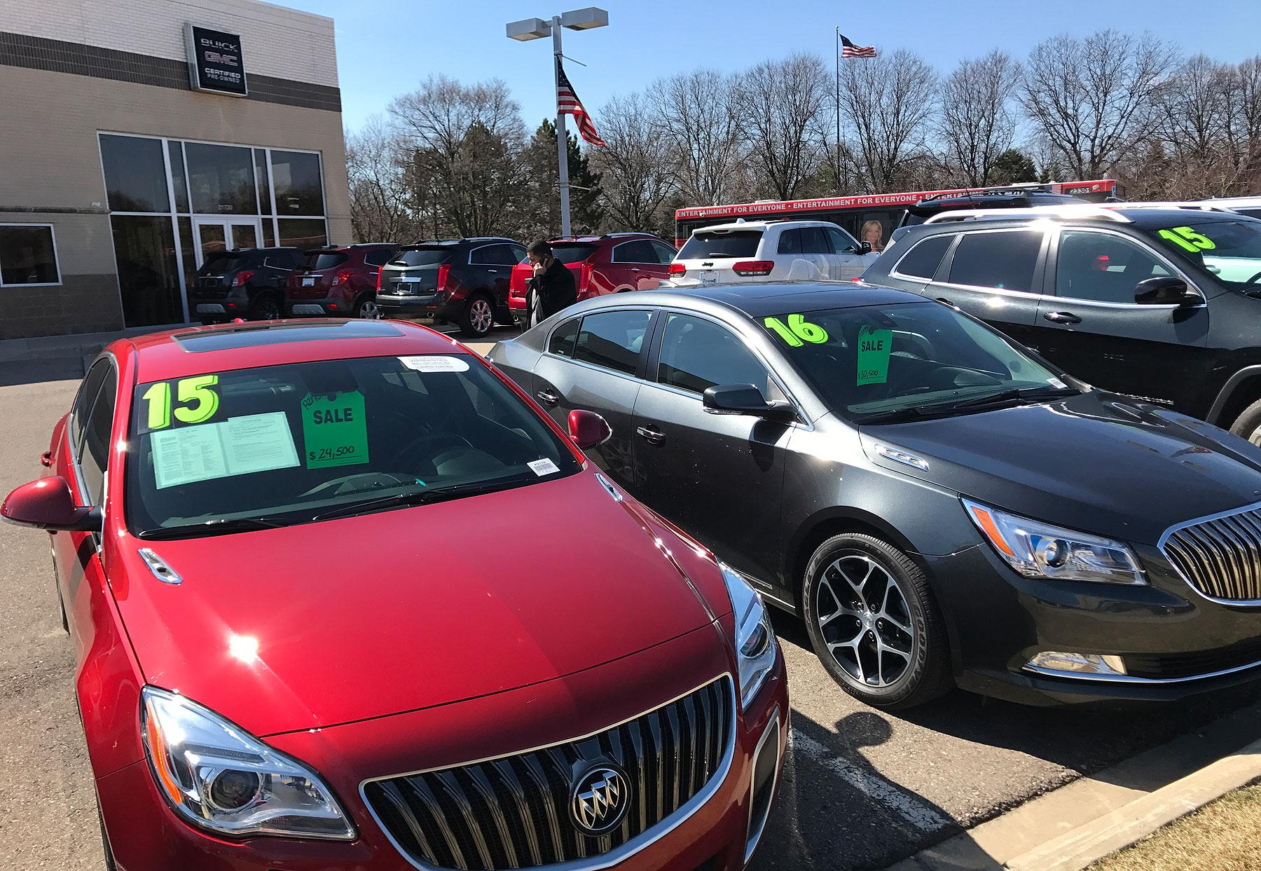 wholesale used vehicle prices in the u s increased 2 8 percent in september from august manheim says photo credit david phillips