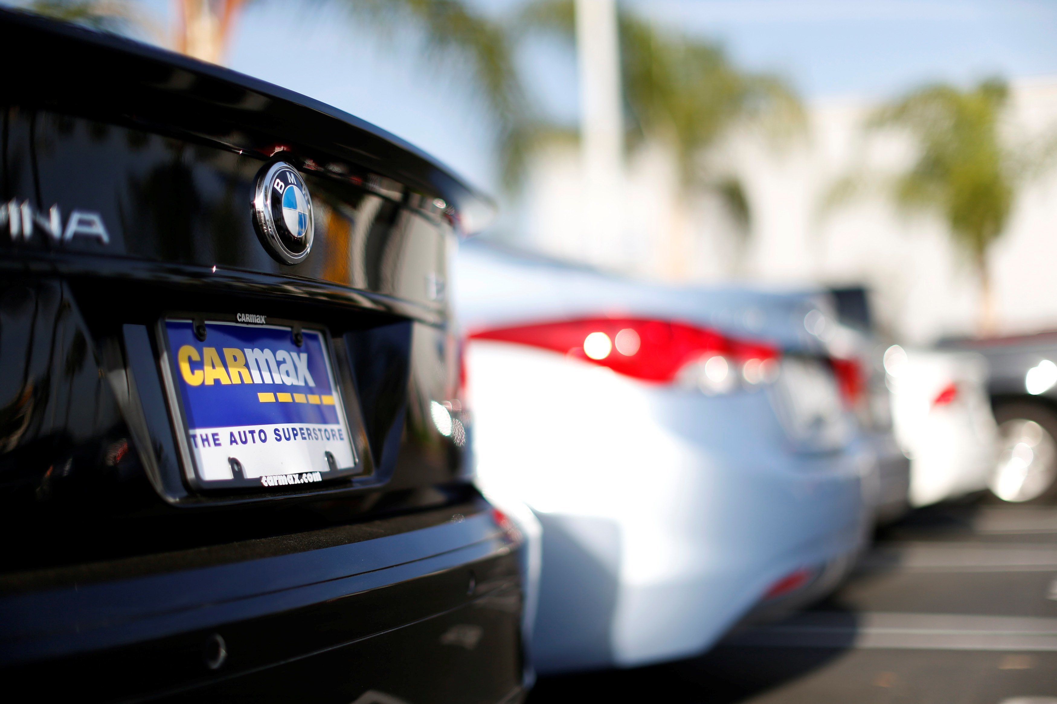 carmax logged a surge in fiscal fourth quarter profit