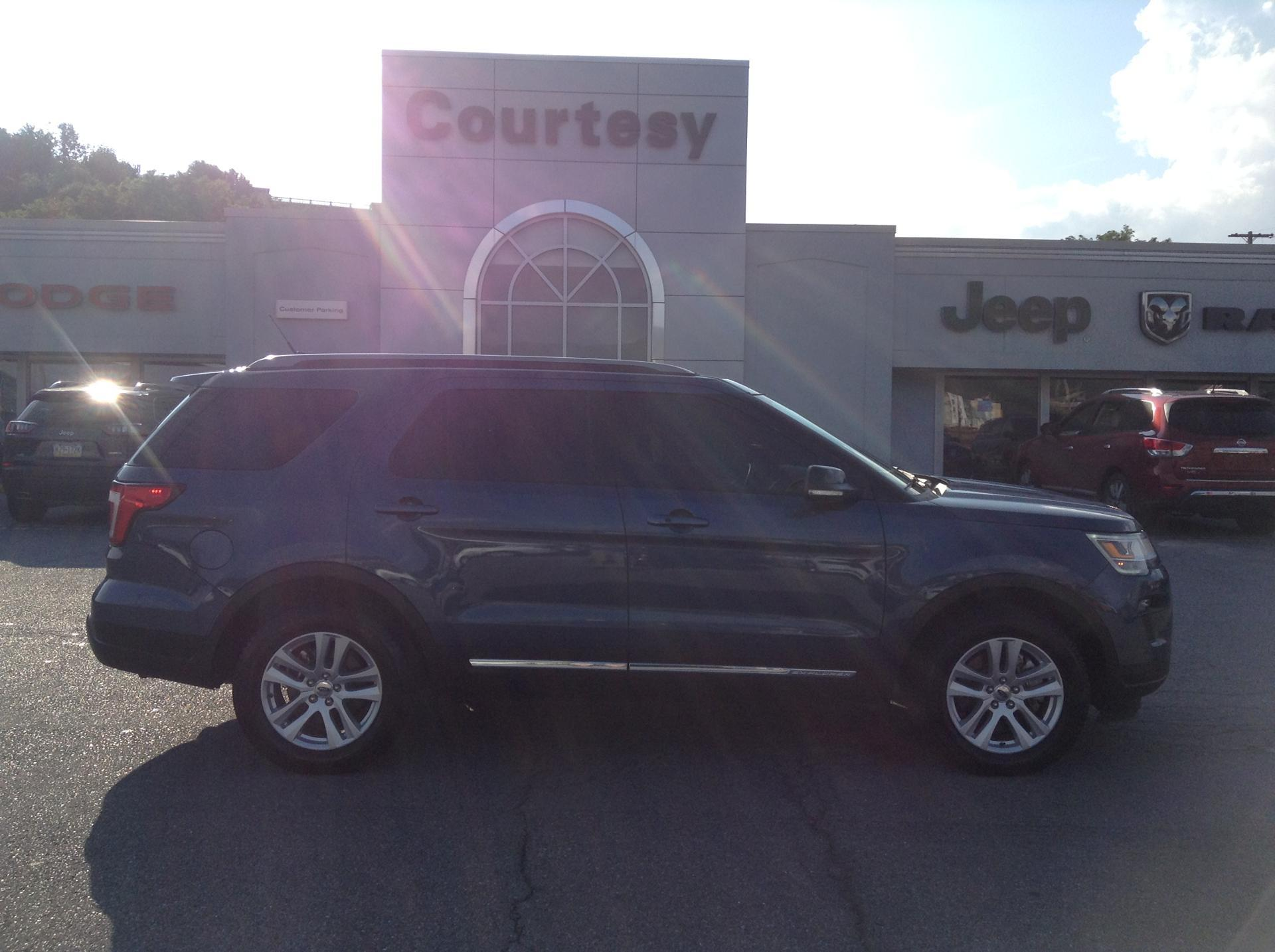 2018 ford explorer vehicle photo in altoona pa