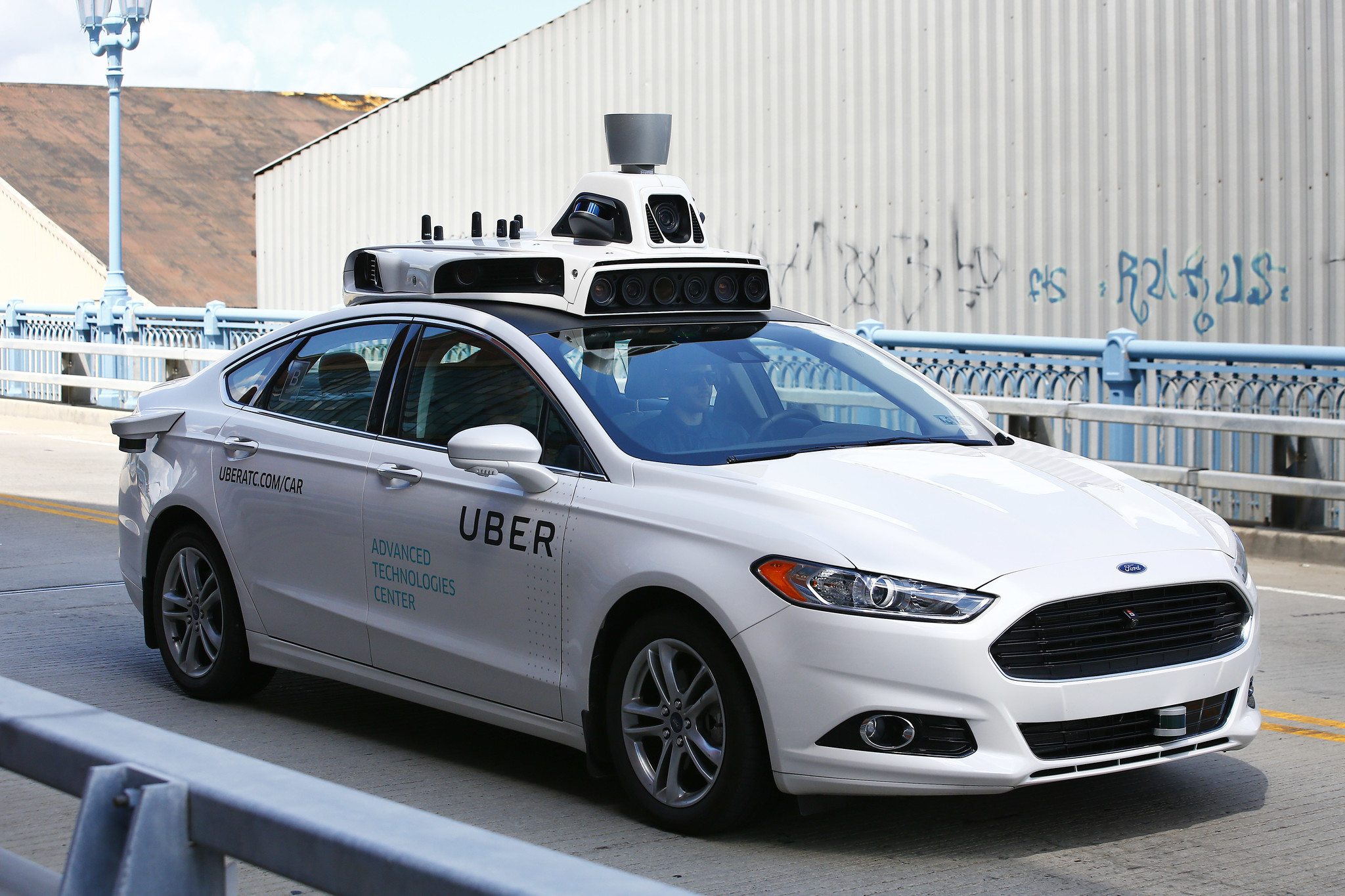 uber to introduce self driving cars to its fleet in ing weeks chicago tribune