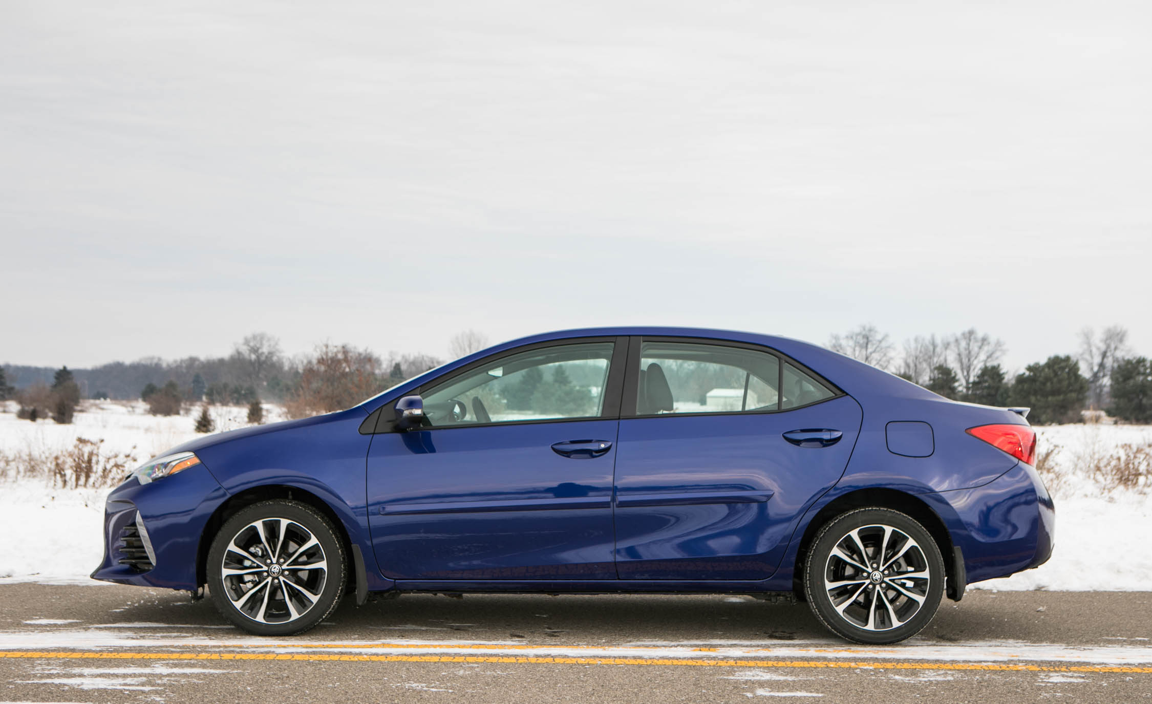 2018 toyota corolla interior review car and driver photo s original