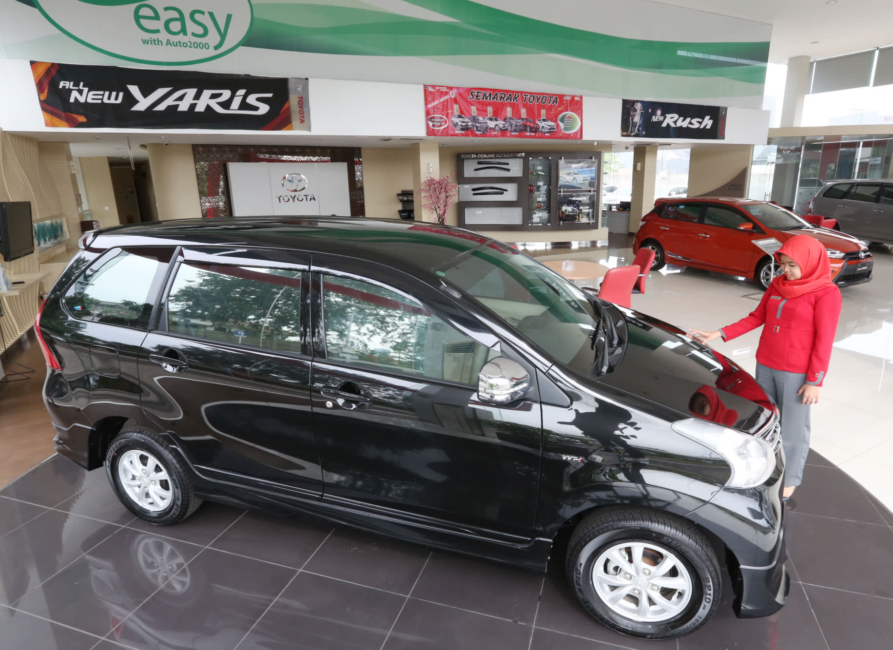 Cars Sales In Indonesia Unique Japanese Carmakers Launch New Models In Indonesia Nikkei asian Review