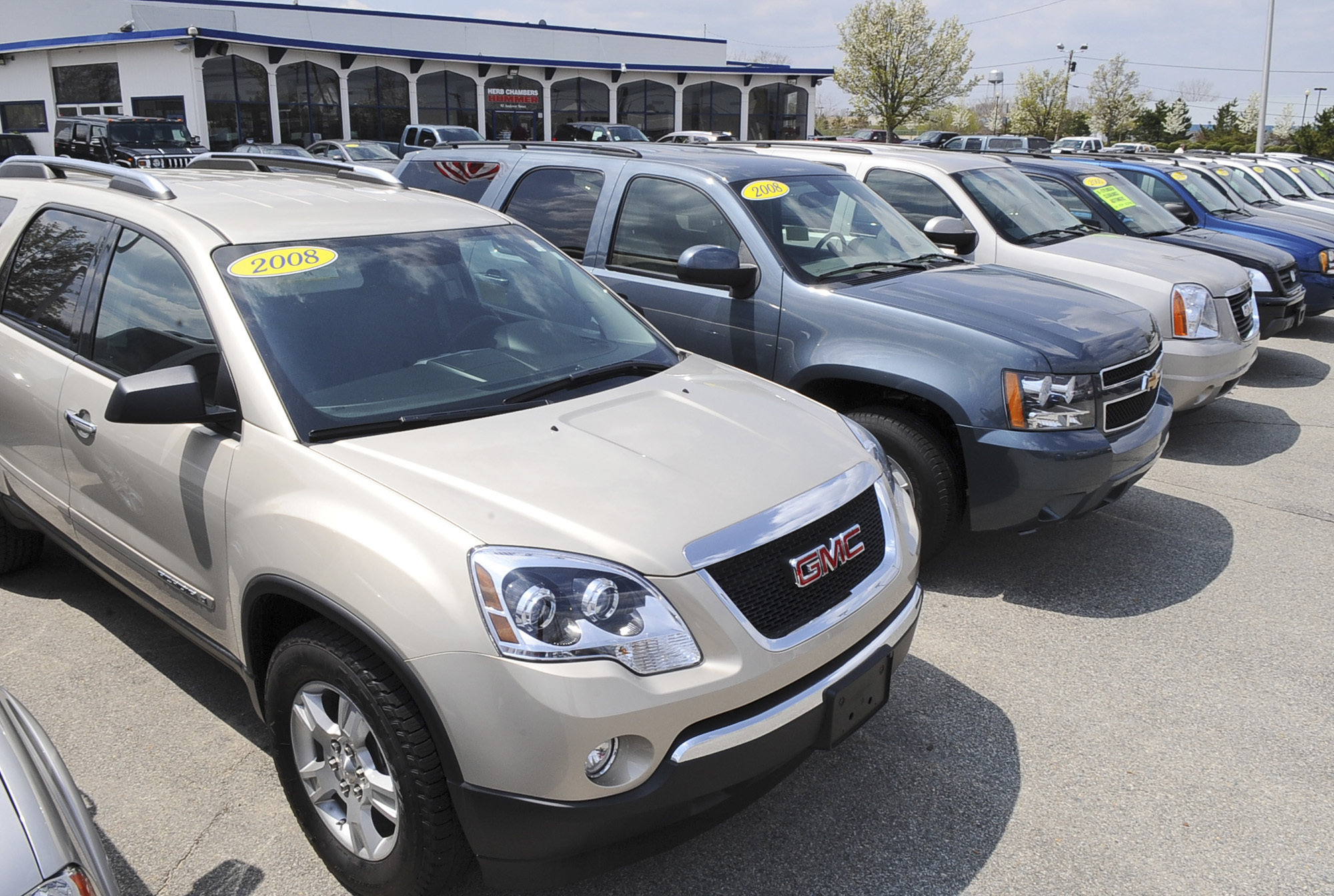 n j motor vehicle officials in cahoots with used car dealers sci report says