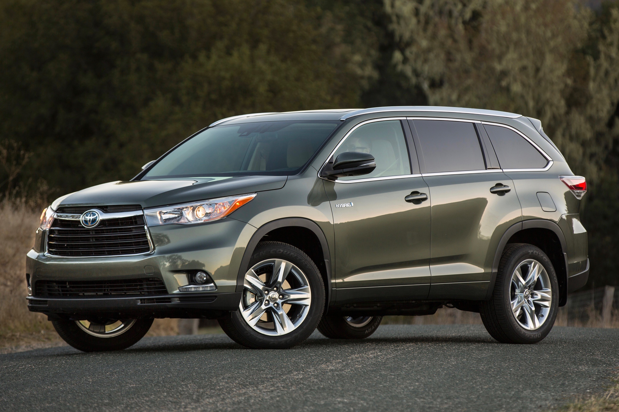 fuel efficient and family friendly used suvs
