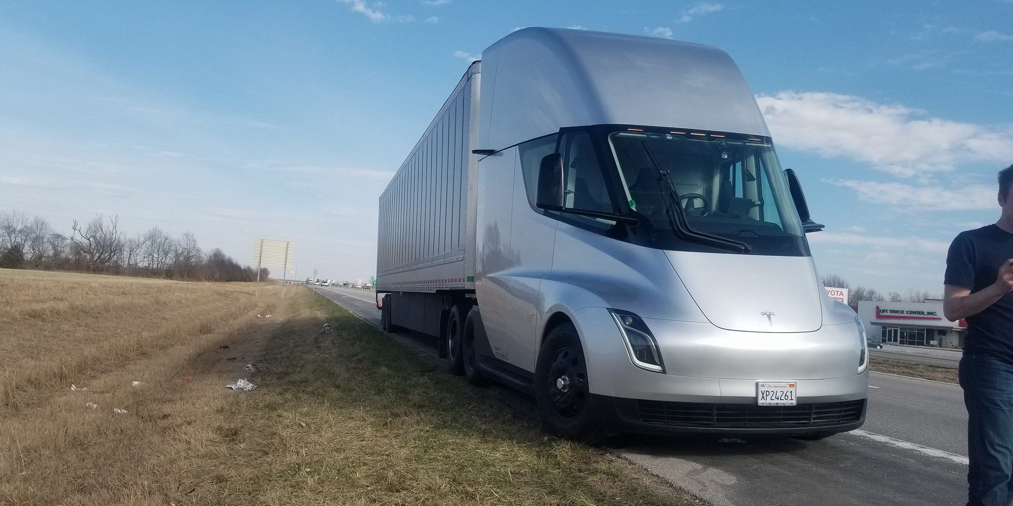 Use Truck Beautiful Fedex orders 20 Tesla Semi Electric Trucks to Use In Its Freight