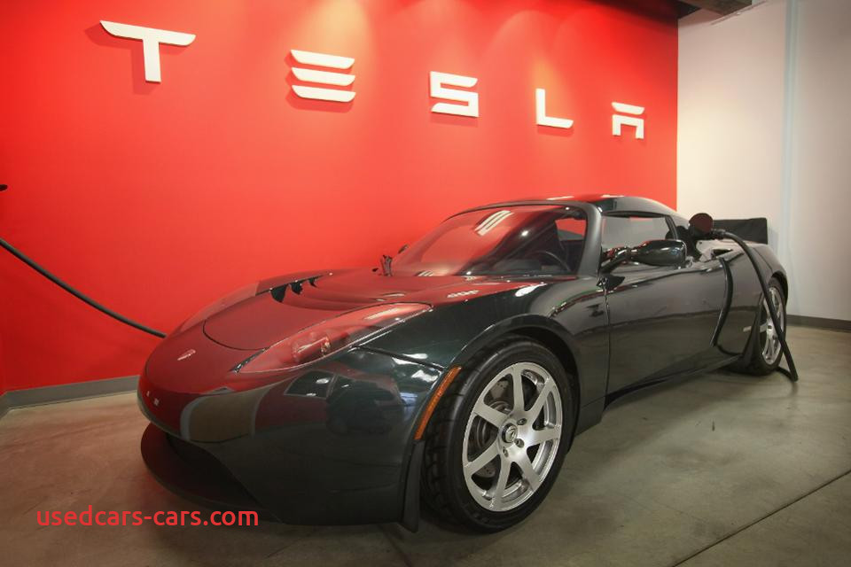 how much will a 200 mile tesla model 3 really cost