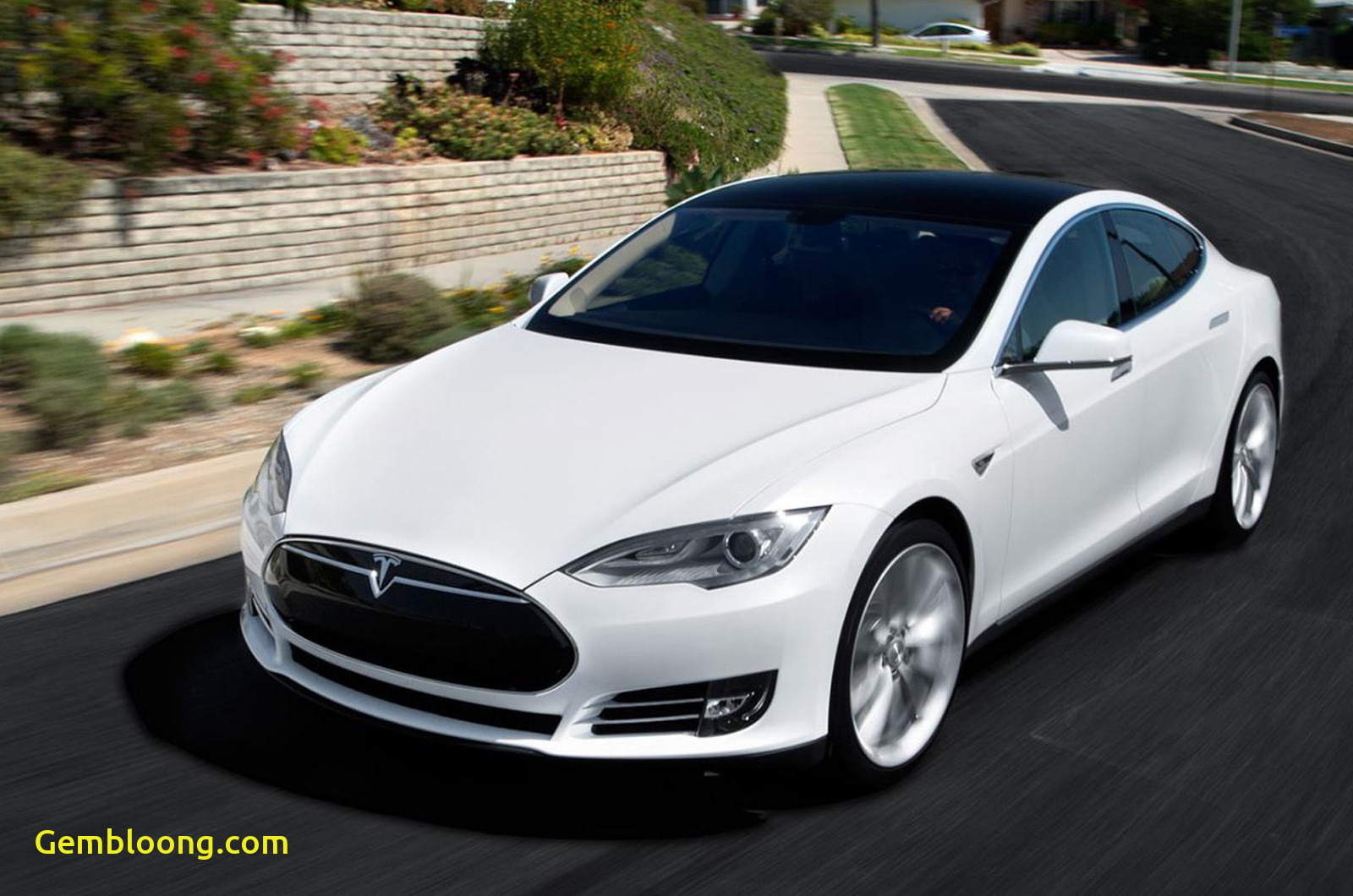 Tesla 4 New Tesla Model S 4wd Launched Car News Premium Luxury