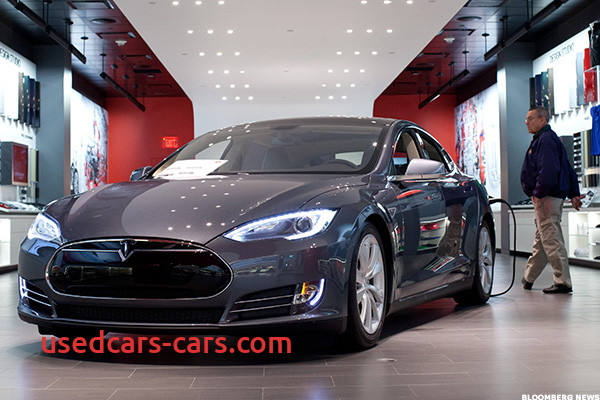 Tesla Like Cars Awesome Heres What It Looks Like Inside Teslas Massive Factory