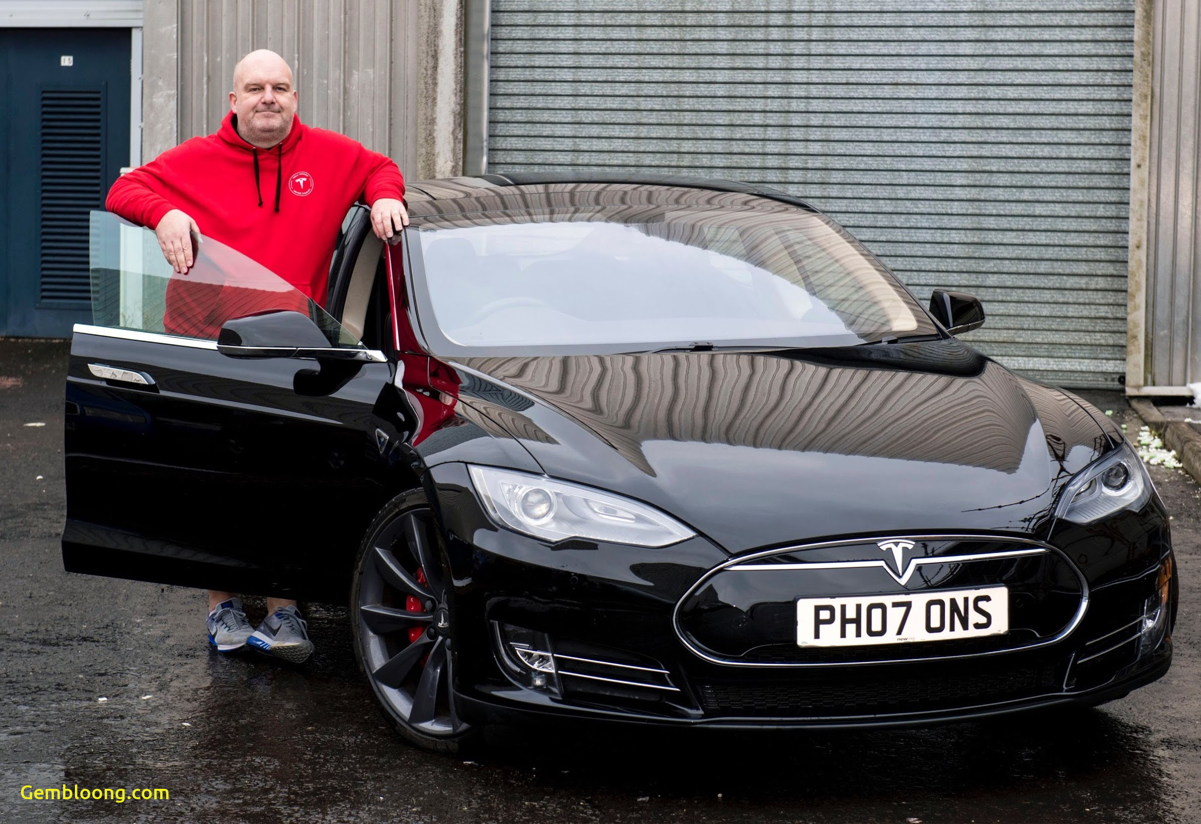 Tesla Ownership Inspirational Tesla Owner Donates His Model S to A Museum Exhibit In