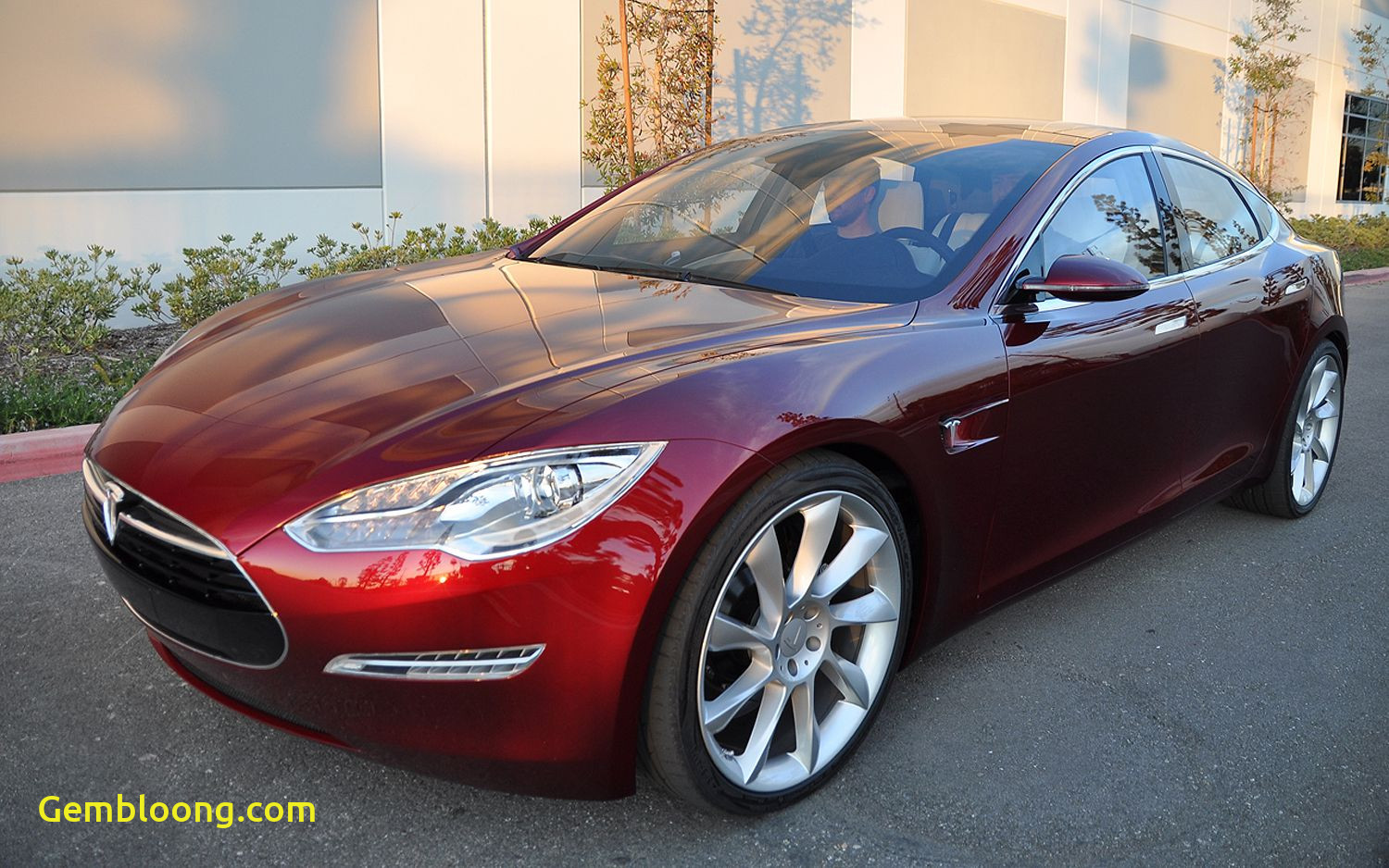 Tesla to A/m Best Of Its Official 49900 Base Price for Tesla Model S
