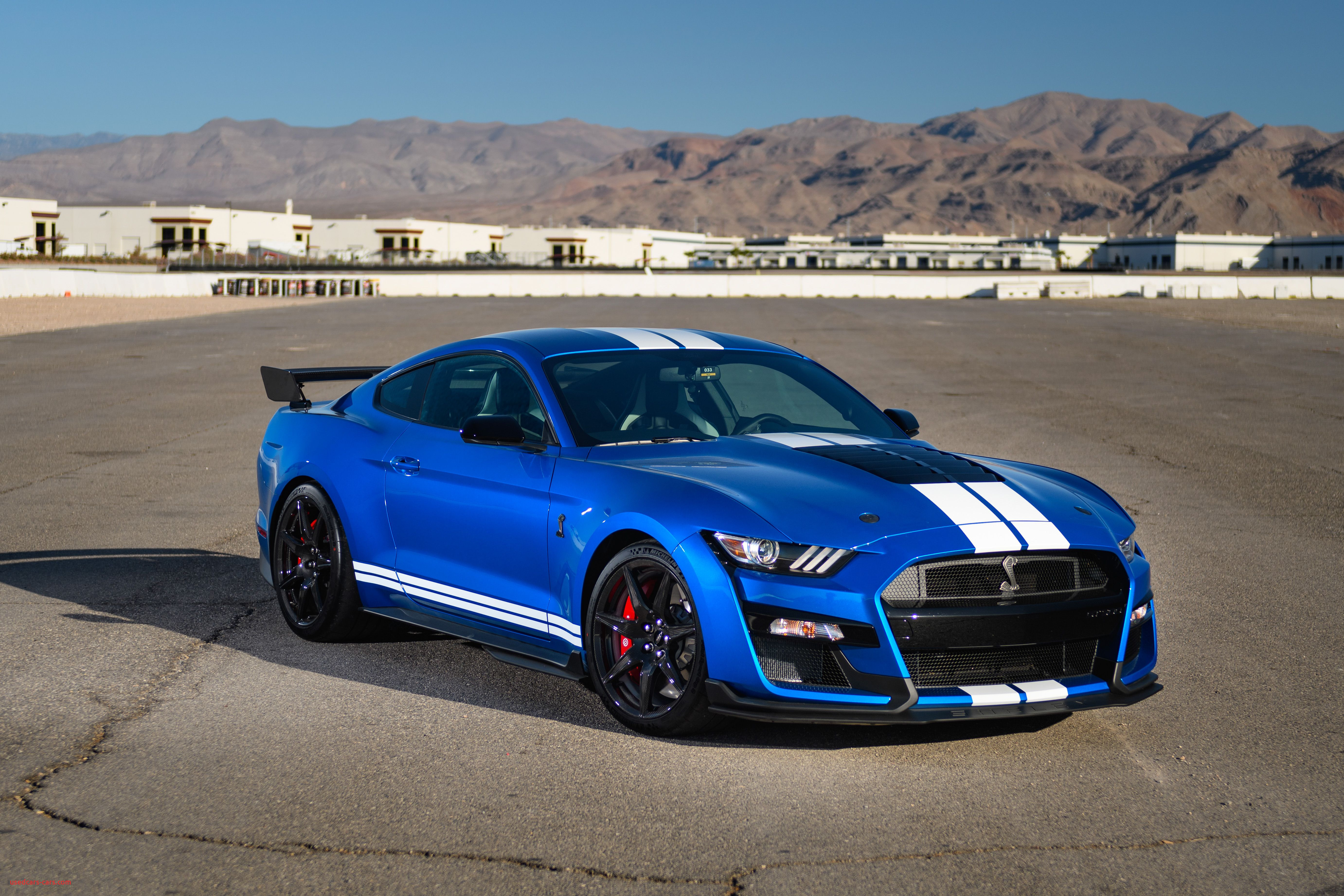 2020 ford mustang shelby gt500 drive 214