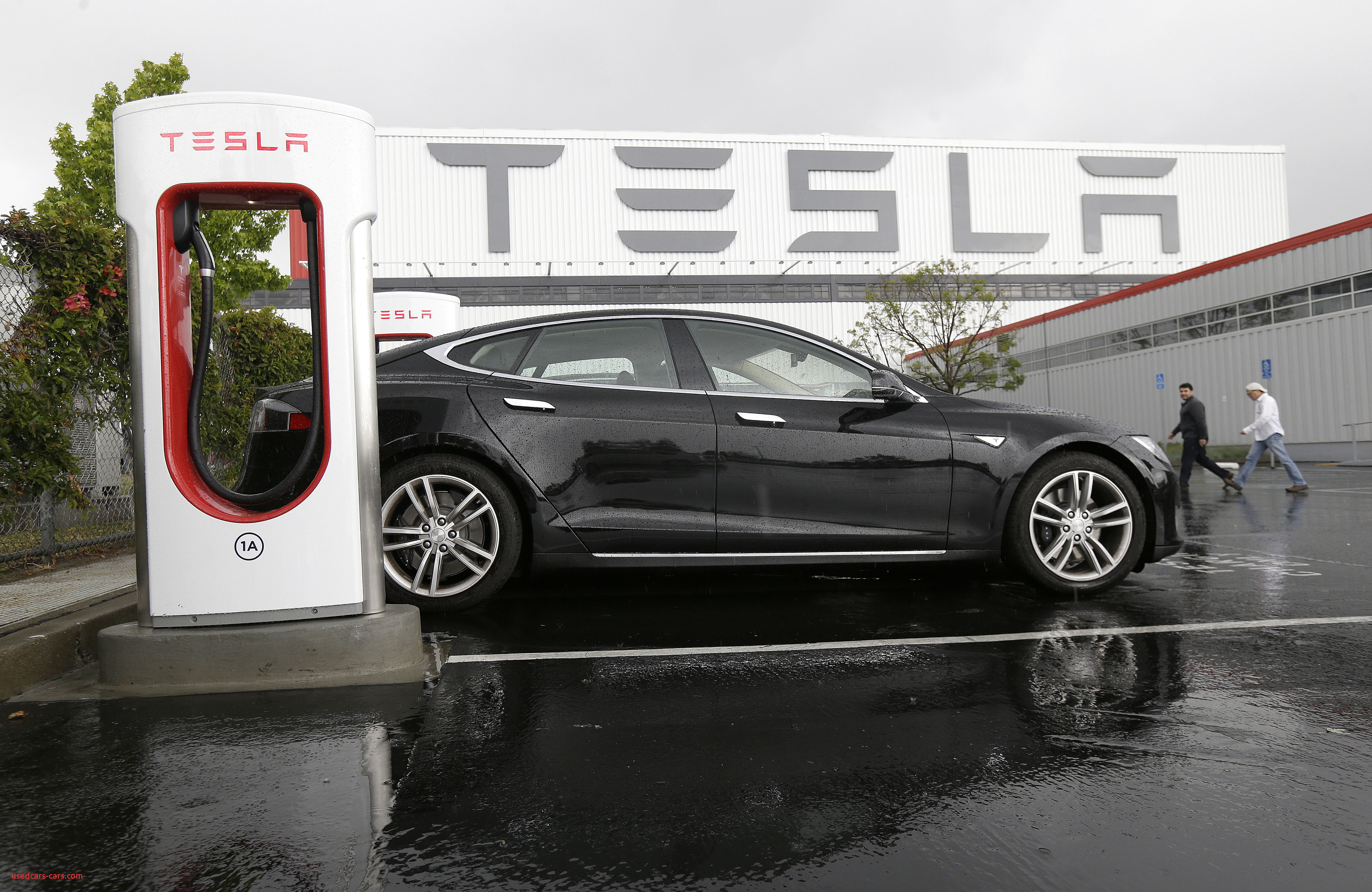 How to Charge Tesla at Home Fresh California Police ...