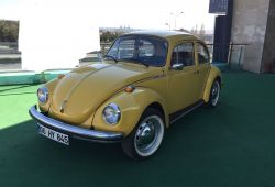 Unique 1974 Volkswagen Beetle and Camper for Sale