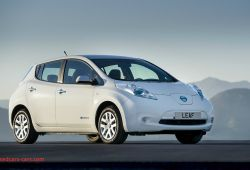 Luxury 2013 Nissan Leaf Review