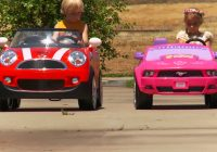 Automatic Cars for Kids Unique Kids Ride On Car Race Mini Cooper Vs Disney Mustang Youtube