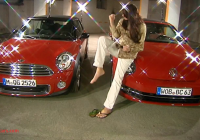 Mini Cooper Vs Beetle Luxury Battle Of Convertibles Mini Cooper Vs Vw Beetle