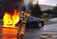 Tesla On Fire Inspirational why the Tesla Model S Fire is No Problem Business Insider