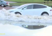 Tesla Vs Flood Lovely Tesla Model X Shows Water Wading Abilities by Driving
