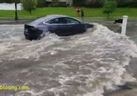 Tesla Vs Flood Unique Watch This Tesla Model 3 Fly Down A Flooded Road Video