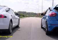 Tesla Vs ford Fresh Drag Race Tesla Model S 70d Vs ford Focus Rs Youtube