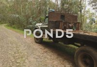 Use Truck Inspirational Video An Old Beat Up ford Truck In Use In Ecuador