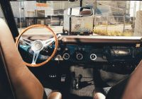 Vintage Cars Elegant Vintage Cars with Old souls touchscreens and Ac